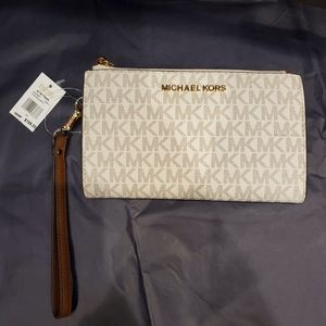 NWT Michael Kors Jet Set Double Zip Wallet
